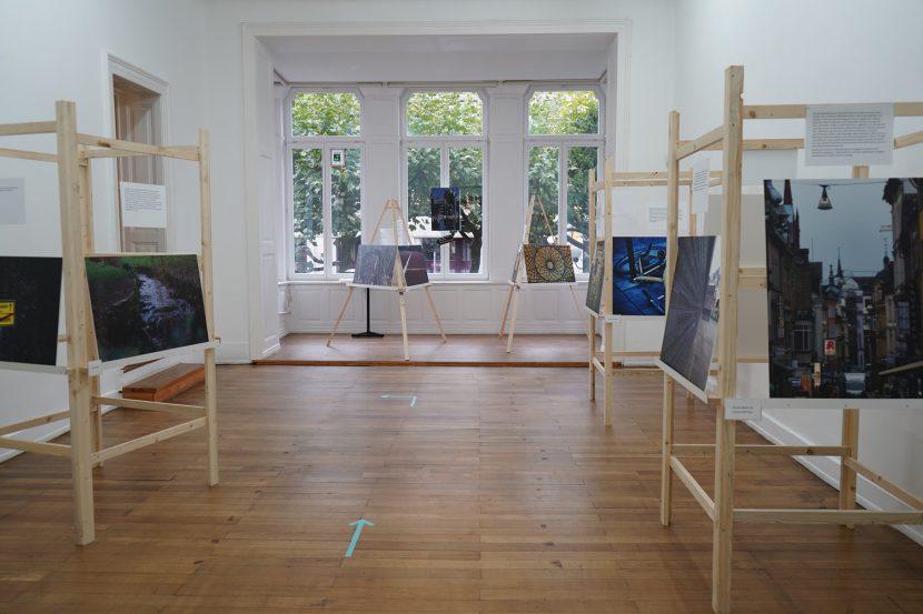 """Ausstellung """"Heimat und unHEIMliches"""" im Nassauischen Kunstverein Wiesbaden"""